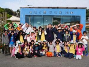 三重の子どもたち 鈴木英敬知事とパチリ